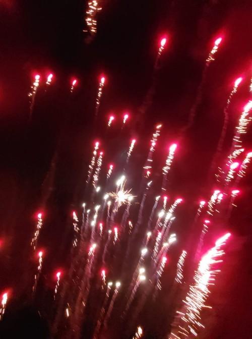 explodingfireworks2019
